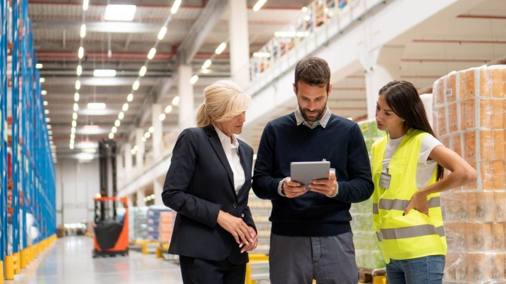 Read more about the article What is a Distribution Order Management?